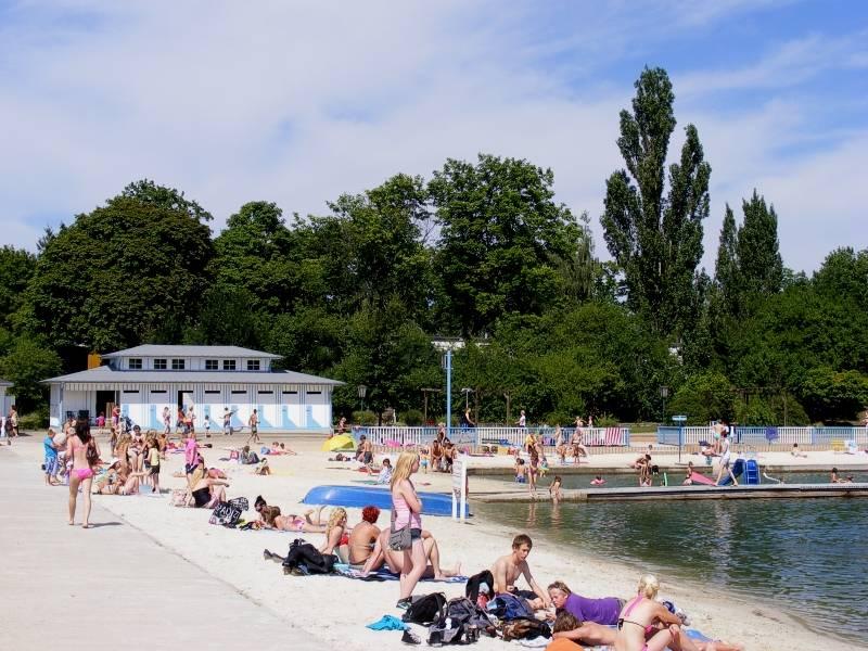 Staßfurt Schwimmbad strandsolbad 2 jpg